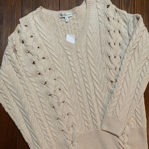 Cute Neiman Marcus tie sweater! NWT